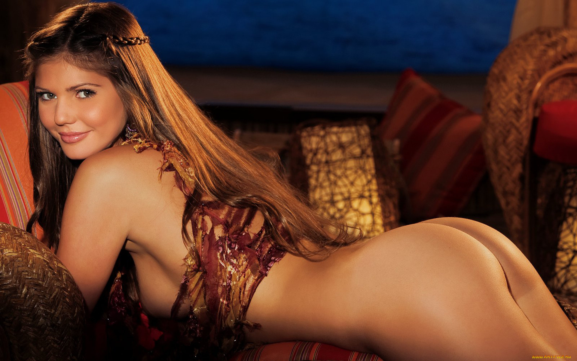 Playboy Брюнетки, Шатенки взгляд, попка, тело, шатенка.